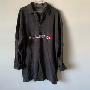 Vintage Tommy Hilfiger spell out box logo shirt